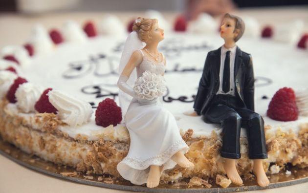 Expertos consultados indican que las parejas, antes de casarse, deben hablar de finanzas y gustos personales. Foto: Pexels