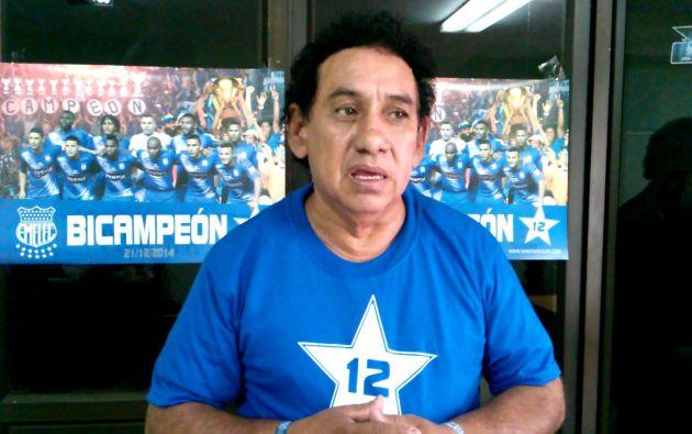 Cavanna, fundó en 1980 la barra Boca del Pozo, que llegó a convertirse en una agrupación pionera en múltiples iniciativas para alentar al 'Bombillo'.