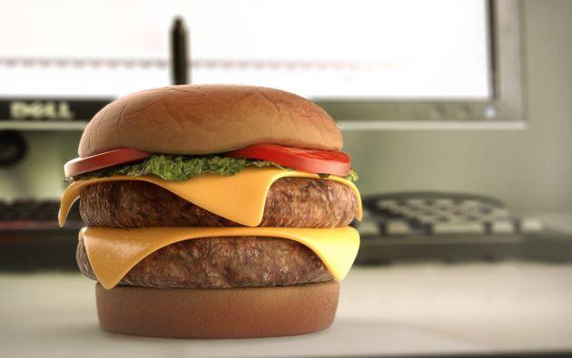 Imagen de una hamburguesa impresa en 3D. Foto: Captura de video.