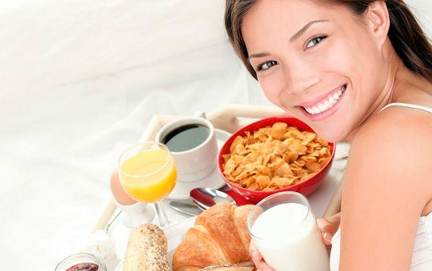 En su último libro, el bioquímico Terence Kealy desmiente el mito de los beneficios de comer en la mañana.