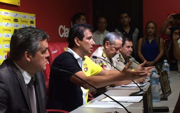 José Francisco Cevallos indicó que ayer el fútbol perdió tras los incidentes entre barristas en el Monumental. Foto: API