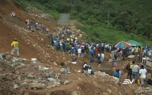Unos 500 mineros habrían explotado el yacimiento hasta que la fuerza pública y la Arcom llegaron al lugar.