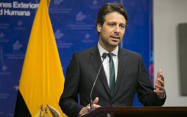 Guillaume Long, Canciller del Ecuador, se refirió a EE.UU. para que deje de emitir informes sobre el país.| Foto: Tomada de Cancillería.