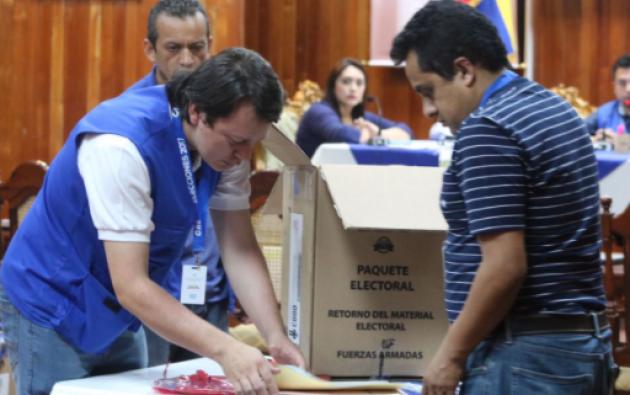 El próximo 2 de abril, los ecuatorianos irán nuevamente a las urnas, esta vez para la segunda vuelta presidencial. Foto: Archivo