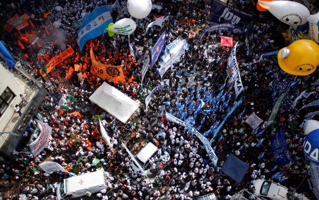 Los profesores de Argentina volvieron a convocar hoy una huelga nacional, similar a la realizada a principios de semana en coincidencia con el inicio del curso lectivo. Foto: Reuters
