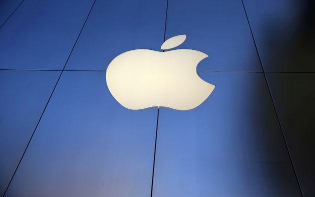 La tecnológica de Cupertino también lanzará el próximo viernes una edición en color rojo de sus teléfonos iPhone 7 y iPhone 7 Plus.   Foto: Reuters.