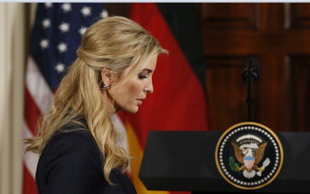 Lejos de conformarse con salir en las fotos oficiales, Ivanka Trump se ha abierto paso en el centro de poder de la Casa Blanca. Foto: Reuters