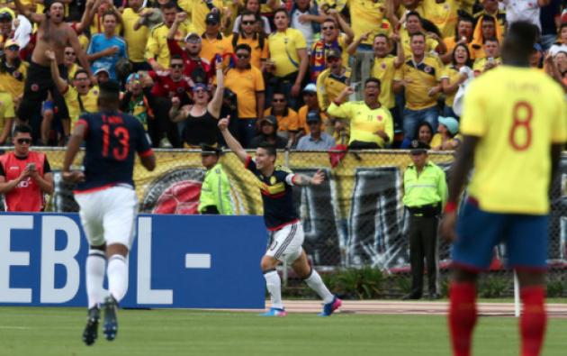 James Rodríguez celebra el primer gol de Colombia frente a Ecuador. Foto: Reuters