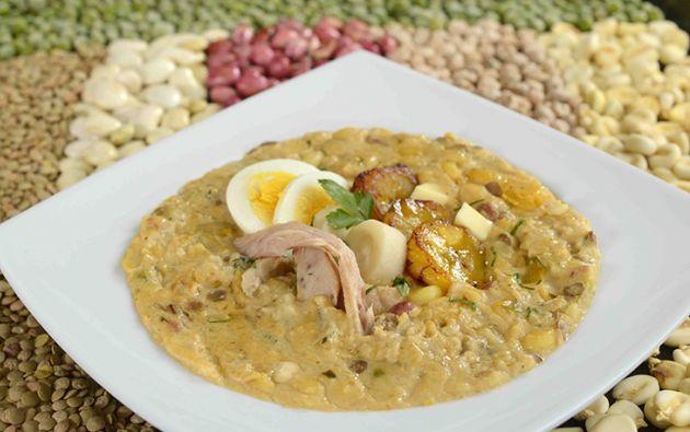 La fanesca constituye el plato emblemático de Semana Santa, su preparación es toda una tradición para los cuencanos. FOTO: Vistazo