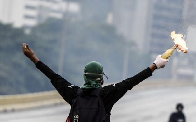 Las protestas antigubernamentales que se han registrado en Venezuela durante las últimas dos semanas se detuvieron hoy. Foto: AFP
