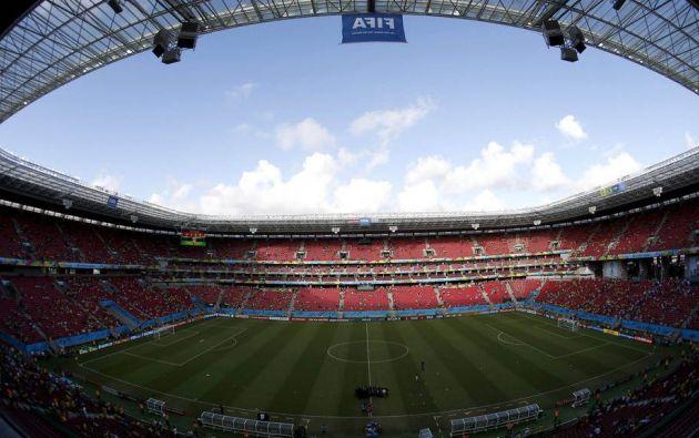La mitad de los doce estadios de fútbol que fueron construidos en Brasil para el Mundial de 2014 tuvieron sobrecostes intencionados provocados para desviar dinero.