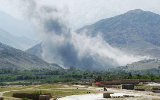 """""""En total 94 miembros del EI, incluyendo 4 altos cargos, murieron"""", señaló en un comunicado el portavoz del Ministerio de Defensa afgano, Dawlat Waziri."""