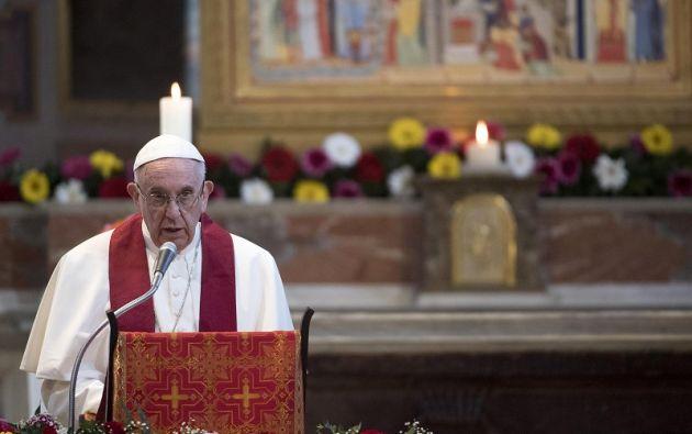 El sábado, el papa se reunió con refugiados llegados a Europa legalmente con la ayuda de la comunidad de San Egidio. Foto: Reuters.