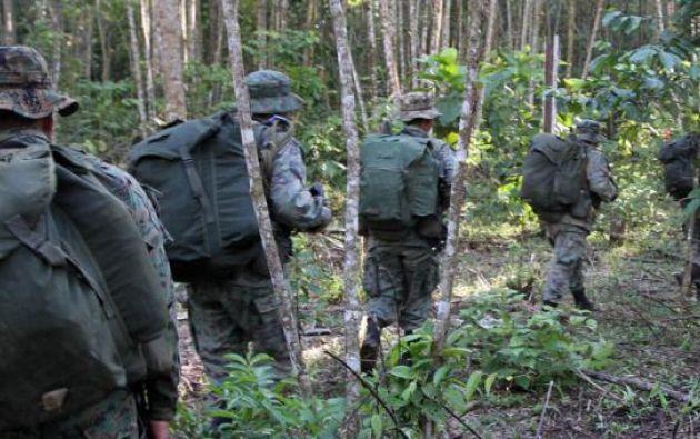 Un poblador dijo que militares ecuatorianos lo agredieron por comprar gasolina de manera ilegal.| Foto referencial: El Comercio