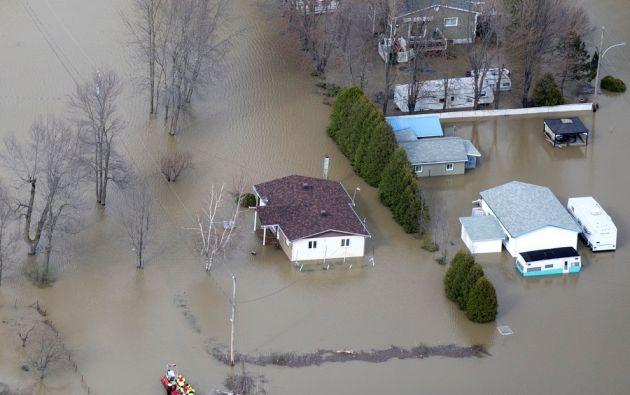 La crecida de las aguas ha forzado la evacuación de más de 1.500 personas en la provincia francófona y afecta a unos 150 municipios. | Foto: Reuters.