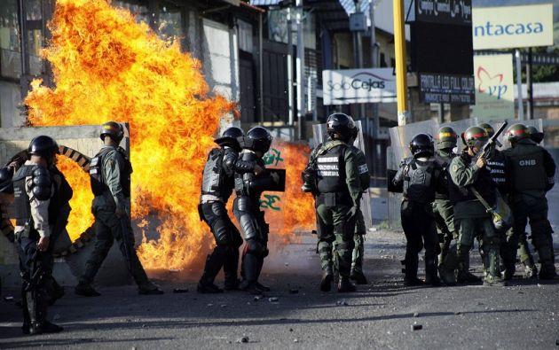 Las fuerzas de seguridad se han enfrentado a los protestantes en las últimas manifestaciones en Venezuela. | Foto: Reuters.