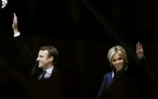 Macron, presidente de Francia, se casó con su primer y único amor: Brigitte Trogneux. Foto: AFP
