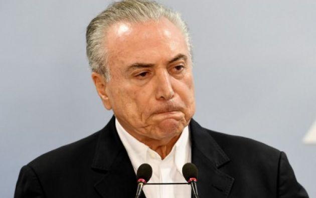 Temer lucha por sobrevivir políticamente desde que el diario O Globo reveló una grabación con una comprometedora conversación. Foto: AFP