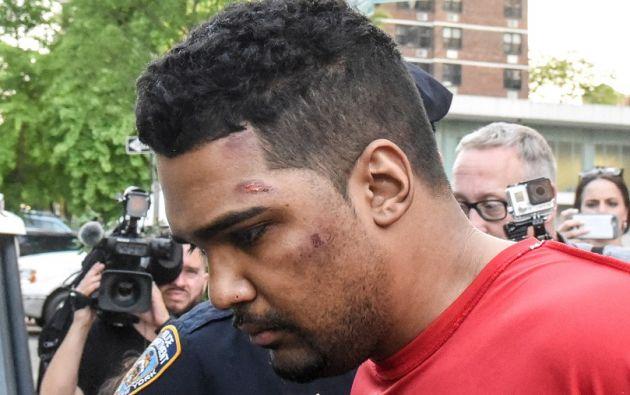 El acusado, exmiembro de la Armada estadounidense, se enfrenta a cargos por homicidio agravado e intento de asesinato. | Foto: Reuters.