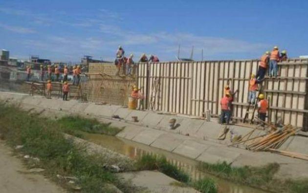 El muro ecuatoriano estaría montado sobre territorio que debía quedar libre, según Lima. Por ello, la cancillería peruana solicitó información a su par ecuatoriana. Foto: elcomercio.pe