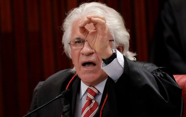 El juez Napoleao Nunes Maia, durante la sesión.   Foto: Reuters.
