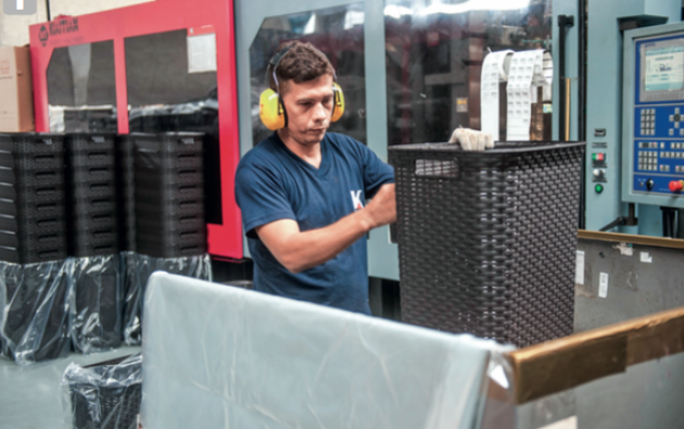 La diversificación y calidad son dos características de la industria plástica nacional. Foto: Iván Navarrete