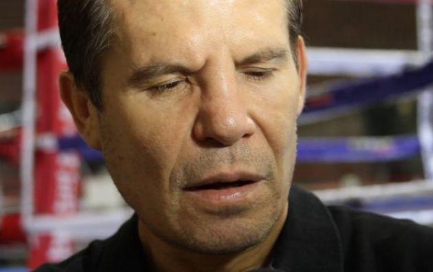Julio César Chávez fue campeón mundial de boxeo y hace poco se reportó la muerte de su hermano Rafael. Foto: Tomado de ESPN