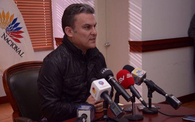 """Serrano, presidente del Legislativo, aseguró que el juicio político a Pólit no es un """"show"""". Foto: TW de Asamblea"""