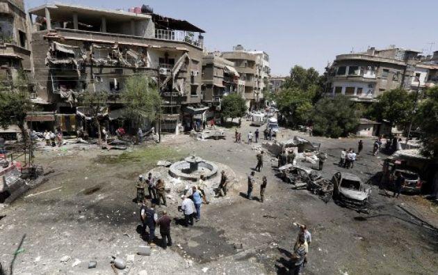 Al menos 18 personas murieron este domingo en un atentado suicida en el este de Damasco, un ataque que es el más mortífero de los últimos meses en la capital siria. Foto: Siria