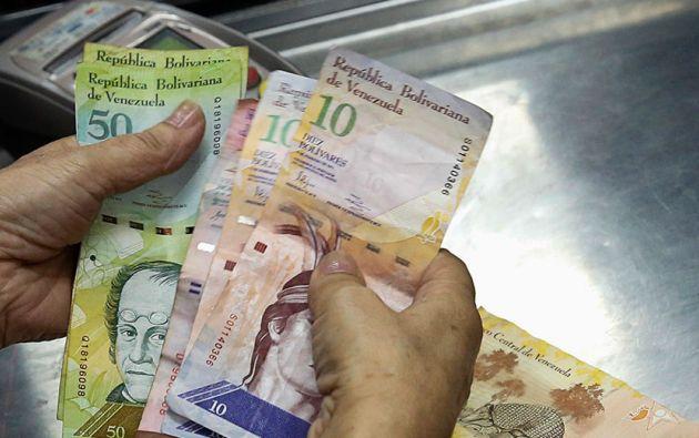 Así, el salario base pasa de 65.021 bolívares a 97.531 bolívares, lo que equivale a unos 37 dólares a la tasa de cambio oficial más alta (2.640 bolívares por dólar). Foto: Archivo