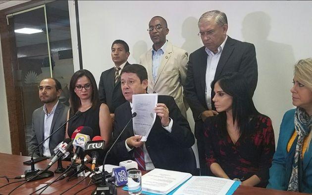 """Según Albornoz, las supuestas denuncias sobre Caminosca es un """"conflicto privado entre 2 empresas sometido a un proceso arbitral"""". Foto: Twitter Asamblea"""