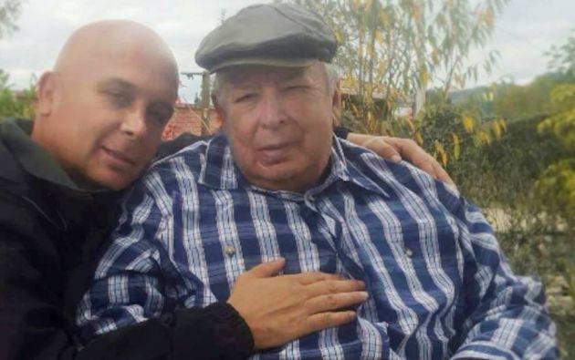 CUENCA, Ecuador.- El periodista cuencano estuvo al frente de la emisora Radio La Voz del Tomebamba, desde 1971. Foto: Facebook