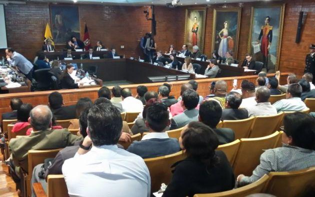 Con 20 votos a favor y uno en contra, el de la Concejala Daniela Chacón, el Concejo Metropolitano aprobó el proyecto. Foto: Twitter Jorge Guzmán