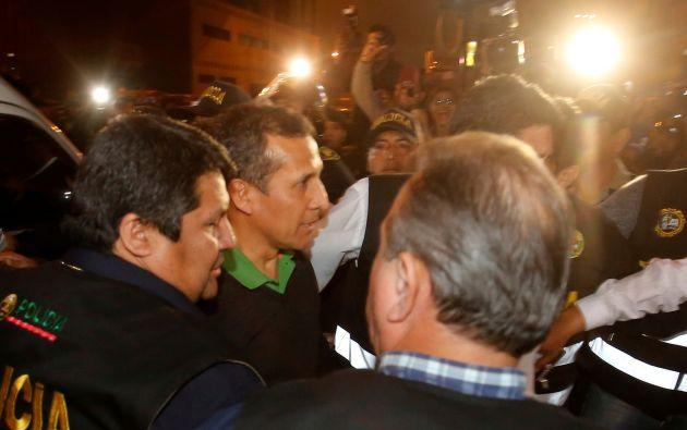 La expareja presidencial se entregó por propia voluntad al juez una hora después de emitido el fallo. Foto: Reuters
