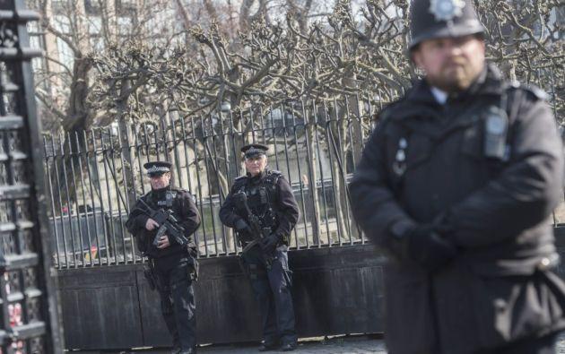 El arrestado, cuya identidad no ha sido facilitada, está retenido en una comisaría del este de Londres bajo la sospecha de robo y lesiones corporales graves. Foto: Antena 3