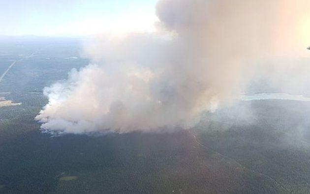 Un total de 159 incendios están activos, de los cuales 60 están fuera de control. Foto: Reuters