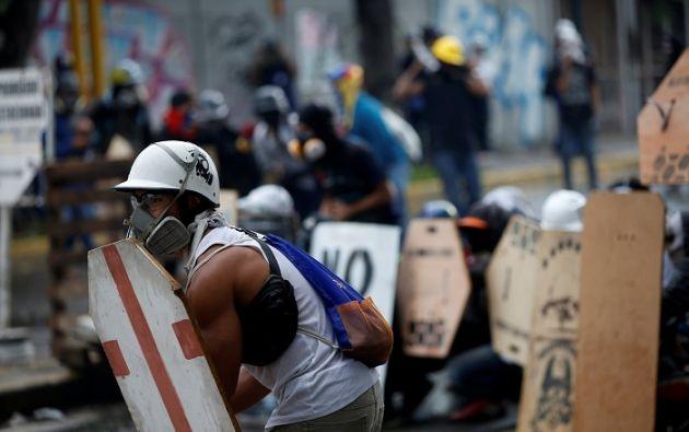 """""""Maduro, te pusiste la soga al cuello, te jugaste la última carta, el que te lo recomendó, te está empujando al barranco"""", dijo el líder opositor Henrique Capriles. Foto: Reuters"""