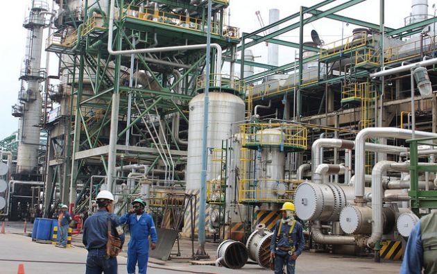 Al momento, la Refinería Esmeraldas se encuentra operando en todas sus plantas con normalidad. Foto: Ministerio de Hidrocarburos