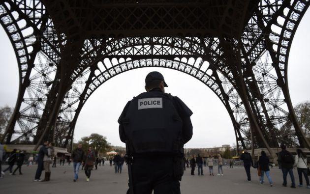 El sospechoso, un francés nacido en 1998 en Mauritania, con antecedentes psiquiátricos, fue detenido después de pasar por la fuerza uno de los controles de seguridad. Foto: Archivo