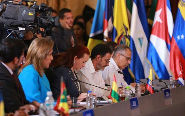 """El canciller venezolano, Jorge Arreaza, dio inicio al encuentro exponiendo los """"ataques"""" de los que, dijo, es víctima su país. Foto: Flikr"""