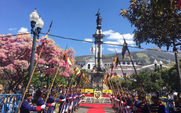 A las 20h00 el centro de Quito se iluminará con juegos pirotécnicos. Foto: Internet