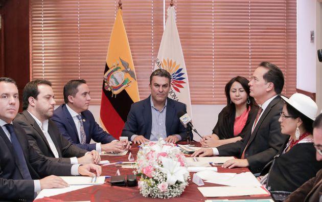"""""""Fue una reunión productiva, en donde no existen banderas políticas"""", dijo José Serrano, presidente de la Asamblea Nacional. Foto: Flikr"""
