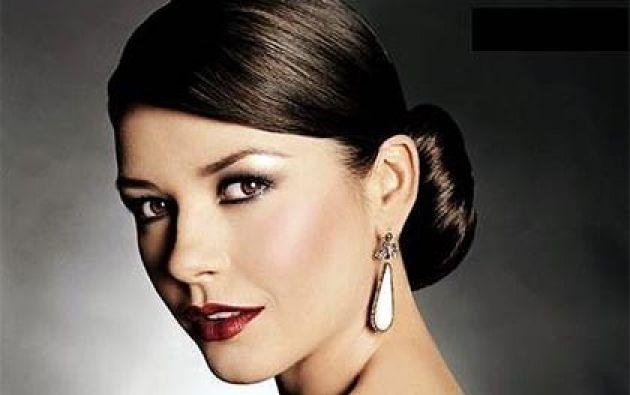 La actriz ha aprovechado la ocasión para promocionar su nueva marca de ropa. Foto: Internet