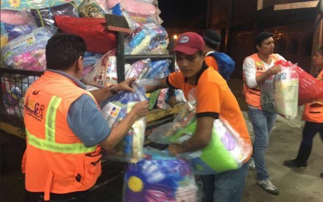 En cuanto a la entrega de asistencia humanitaria, hasta el momento se repartieron: 448 kits de dormir y 299 kits de alimentos en los sectores de mayor afectación. Foto: Gestión de Riesgos