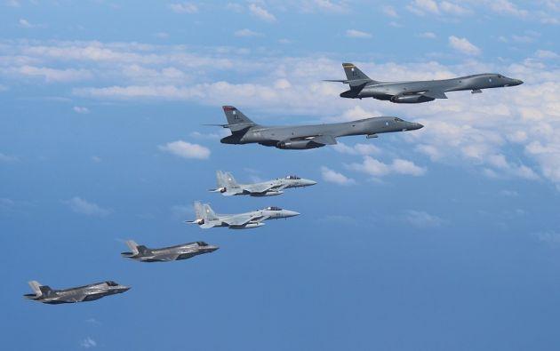 Se trata de los primeros vuelos de aparatos militares desde que Pyongyang llevara a cabo el 3 de septiembre su sexto y más poderoso ensayo nuclear. Foto: Reuters