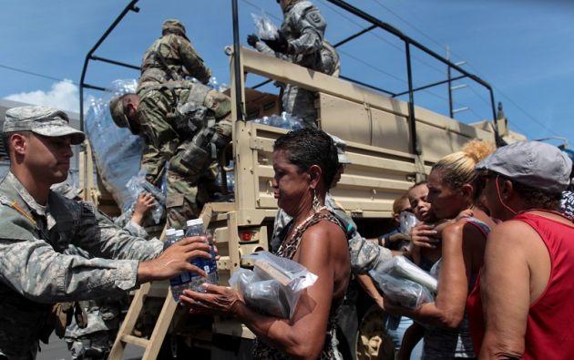 Los 3,4 millones de habitantes se enfrentan a una escasez de víveres y combustible, cortes de energía y una red de telecomunicaciones casi enteramente destruida. Foto: Reuters