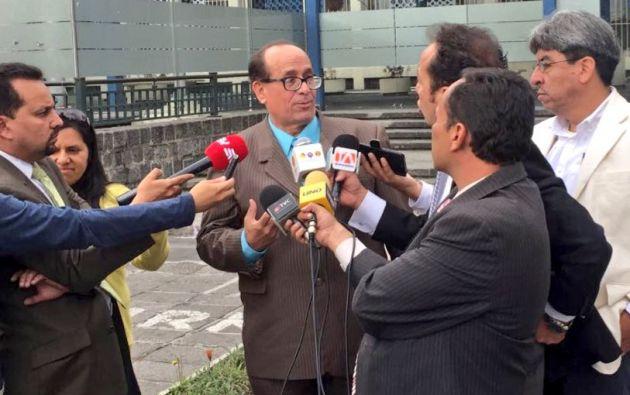 """Tras visitarlo en la cárcel número 4 en el norte de Quito, Franco dijo que su defendido """"está muy bien, lleno de fe, de esperanza"""". Foto: archivo"""