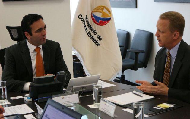 Campana dijo que se espera generar un clima de confianza para los negocios en el Ecuador. Foto: Twitter Comercio Exterior