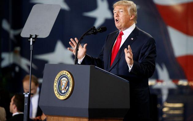 """""""La electricidad y toda la infraestructura eran un desastre antes de los huracanes. El Congreso decidirá cuánto gastar..."""", agregó Trump. Foto: Reuters"""