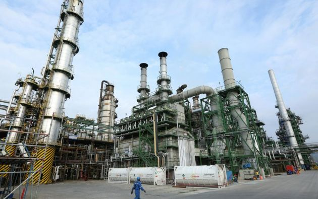 Representará pérdidas al Estado el dejar de procesar petróleo por más de 30 días, dijo el ministro de Hidrocarburos. Foto: archivo